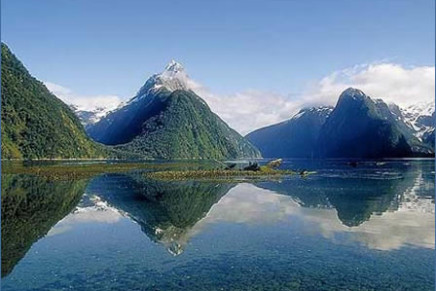 Top 5 Attractions to visit in New Zealand