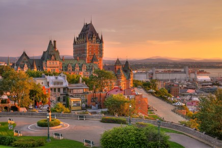 Canadian property prices still rising